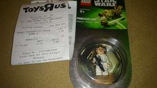 [ToysRus Ingolstadt] Lego Star Wars Magnet Leia oder Han Solo 1 Euro