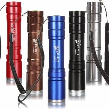banggood Ultrafire CREE XM-L T6 2000lm 5 Modes Zoomable LED Flashlight