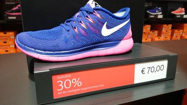 [Lokal München Brunnthal] Nike Store 30% z.B. Free 5.0 Damen für 49€
