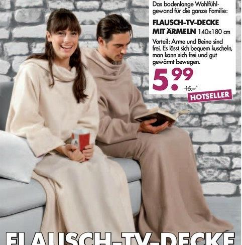 TV-Decke / Ärmeldecke für 5,99€ bei AWG