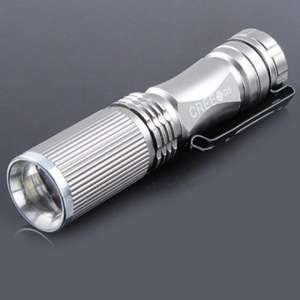 Cree XPE Q5 Outdoor Zoomable LED Flashlight 500 LM für 2,00 Euro (allbuy.com)