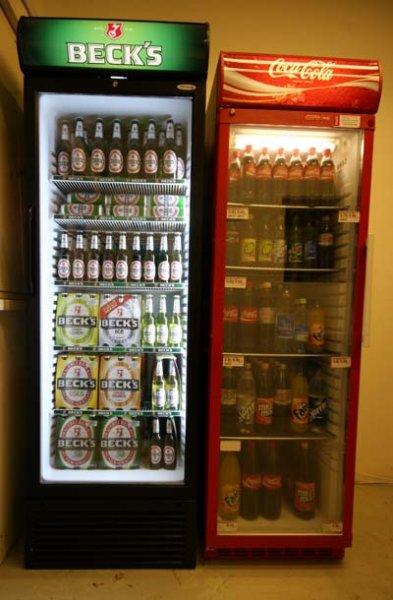 Famila Nordwest: 2 Kästen Coke plus zwei-Kästen-und-ein-Sixpack Beck's 38.64€ statt 52.56€ plus Grillkohle