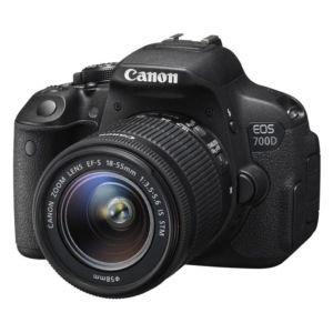 Canon EOS 700D 18 MP DSLR - Kit mit EF-S IS 18-55 STM