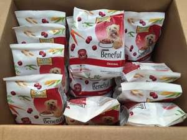 Beneful Original Hundefutter 18 kg  in 72x250gr. packungen, 18 € inkl. Versand statt 25 € idealo.de