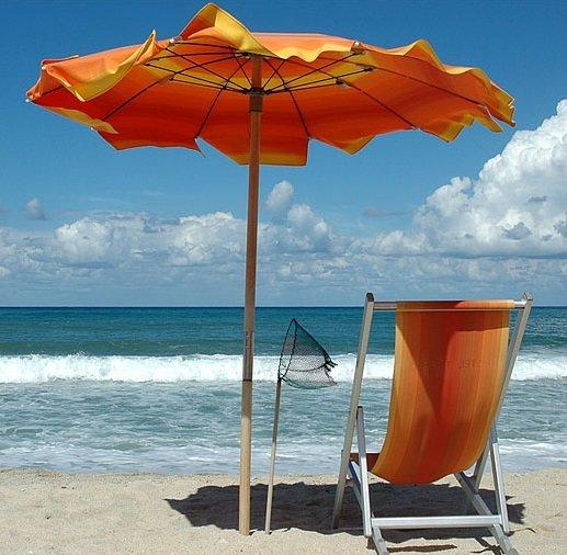 Alles gratis: Hotels, Camping, Pizza, Aperitif, Kaffee, Eis, Strandbäder, Lokale, Taxis - Badeort Riccione (Italien) lockt Touristen mit Sensationsangebot
