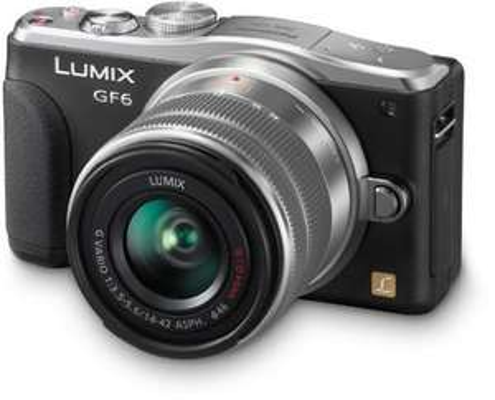 Panasonic DMC-GF6KEG9K LUMIX Systemkamera (16 Megapixel, 7,6 cm (3 Zoll) LCD-Display, Full HD) inkl. H-FS1442AE-S Lumix Vario Objektiv schwarz inkl. Vsk 303,99€ oder bei Abholung für 299€ >  [mediamarkt.de]