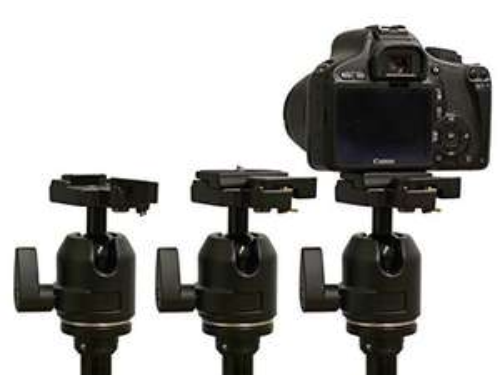 Stativ mit 3D-Kugelkopf, Schnellwechselplatte und Tasche für 24,99€ statt 39,99€