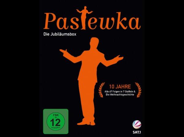 [Saturn] Pastewka - Die Jubiläumsbox (alle 7 Staffeln + Die Weihnachtsgeschichte) auf 19 DVDs (2350 Min / 40 h) für 31,99€