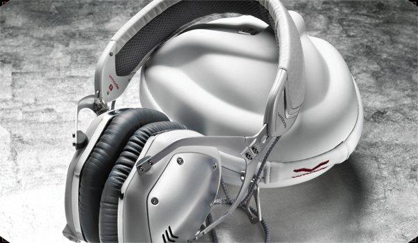 "V-MODA Crossfade M-100 Over-Ear Kopfhörer weiß silber  WHD ""Sehr gut"" €134,31"