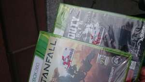 Titanfall und Call of Duty Ghosts XBOX 360 Lokal Mannheim Saturn 3-4 Euro