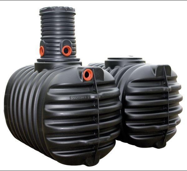 [plus.de] Erdtank / Zisterne mit 5300 Liter von 4rain inkl. Domschacht und PE- Deckel