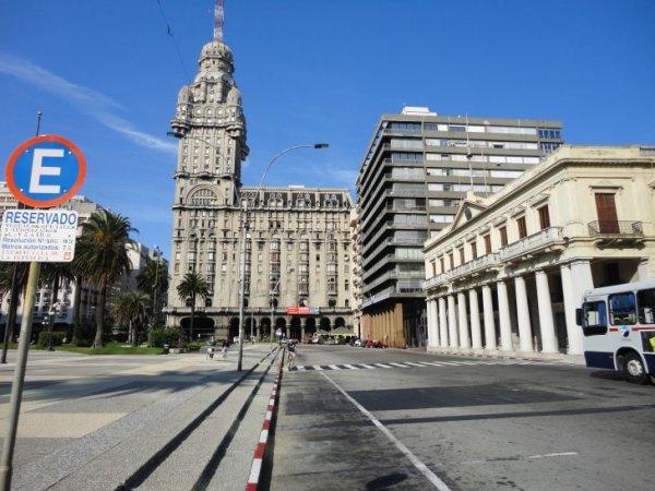 Berlin - Uruguays Montevideo - Berlin für nur 351,-EUR
