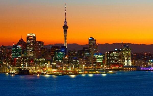 Düsseldorf - Auckland (Neuseeland) im September mit Cathay für 771€