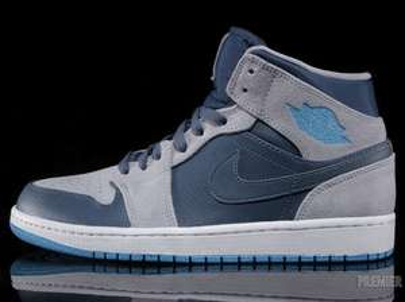Nike Air Jordan's Mid 1 Darkgrey im Factory Outlet Center (Ochtrup/Lokal)