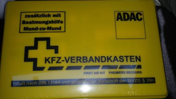 [Lokal/Düsseldorf] ADAC KFZ - Verbandskasten für 1 Euro