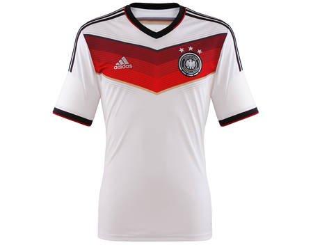 Weißes DFB Trikot WM 2014 mit ***-Sternen in XXL für 17€ inkl Versand