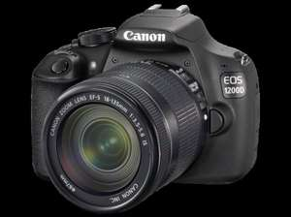 CANON EOS 1200D+18-135mm IS, Spiegelreflexkamera, 18 Megapixel, CMOS Sensor, 7,5 cm (3 Zoll) TFT