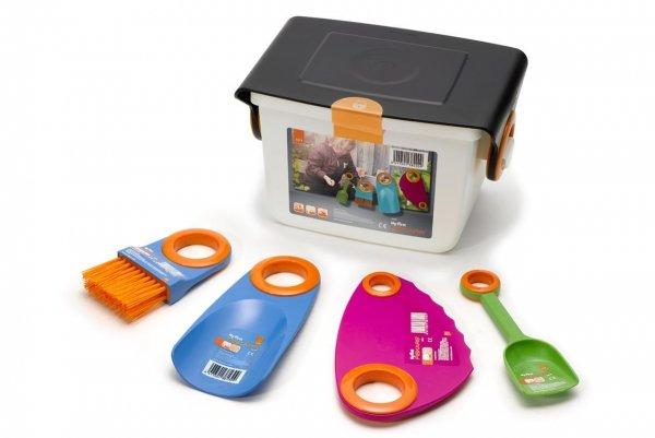 My First Fiskars Box Garten-Set / Buddel-Set mit 4 Geräten und Kiste