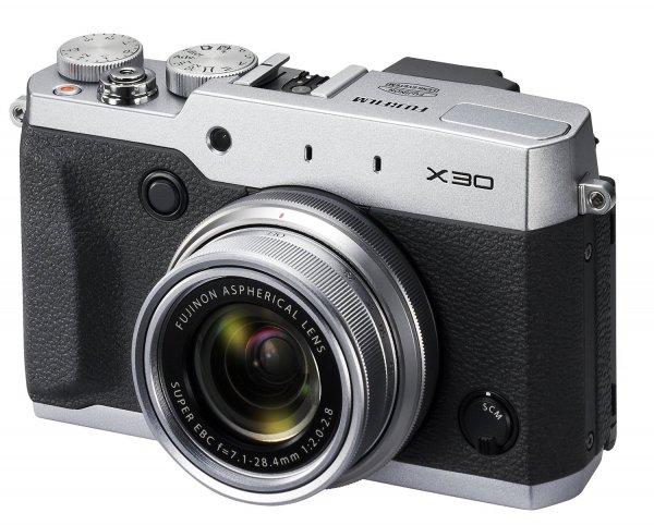 Fujifilm X30 Digitalkamera silber für 352,94 € @Amazon.fr