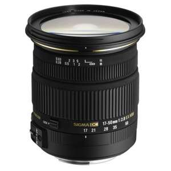 Sigma 17-50mm F2,8 EX DC OS HSM Pentax für 311,27 € @Amazon.fr