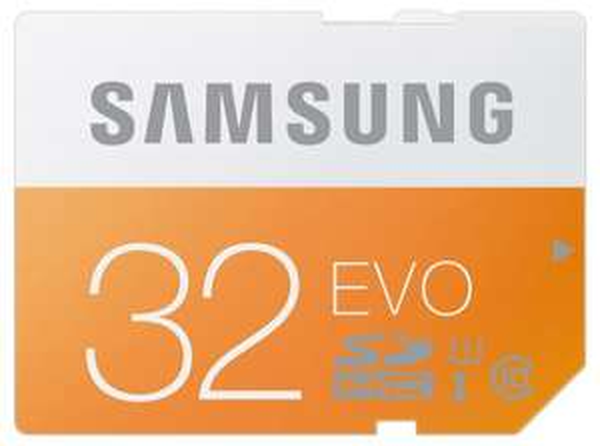 [Amazon.de] PRIME Samsung Evo SDHC 32GB Class 10 / UHS I (W: ~18 MB/s & R: ~47 MB/s) für 10€  (+3€ VSK)- vorbei(Amazon unterbietet MM Preis)