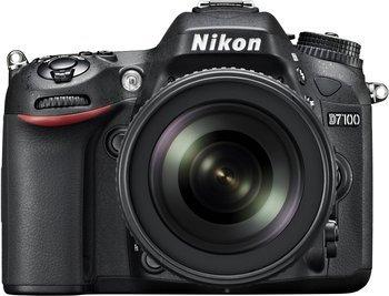 Nikon D7100 Kit AF-S DX 18-105mm VR + 16 GB Speicherkarte