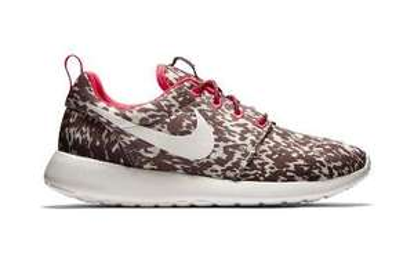 Nike: -10% auf reduzierte Ware, z.B. Nike Roshe One für 56,69€, ab 50€ keine VSK