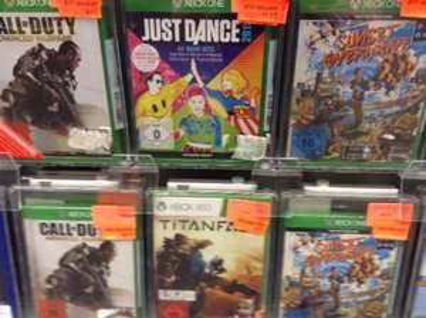 [LOKAL Toys R Us München] Xbox One Spiele ab 14,97€ (Sunset Overdrive, CoD Advanced Warfare, Just Dance 2015, ...)