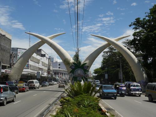 Flüge Kenia Tansania - hin und zurück ab 200 EUR