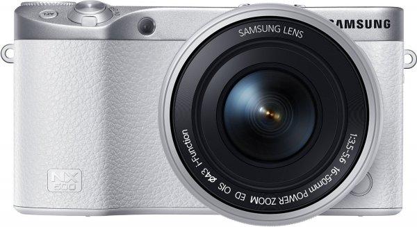 [Amazon Prime Day DE] Samsung NX500 Systemkamera (28 Megapixel, 7,6 cm (3 Zoll) Touchscreen Display, Ultra HD Video, WiFi, Bluetooth, GPS) inkl. 16-50 mm Power Zoom Objektiv weiß für 529 €