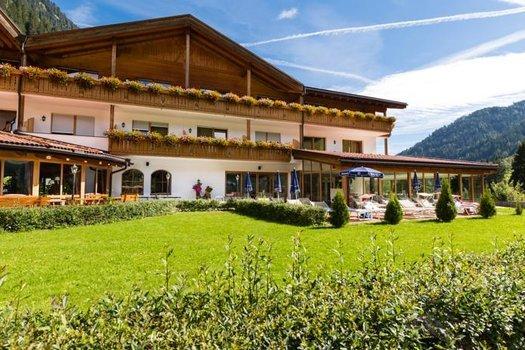 Südtirol 4 Sterne Wellness und Sporthotel inkl. Halbpension usw. für 169€ pro Person
