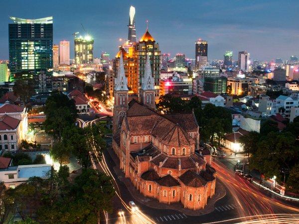 [September bis April] Moskau - Ho Chi Minh Stadt und weiter von Peking - Melbourne - St. Petersburg ab 321€