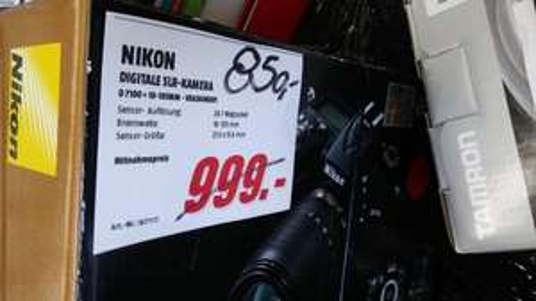 Lokal MM Berlin-Wedding: Nikon D7100 als 18-105 Kit für 850€ bzw. Body 750€ Einzelstücke