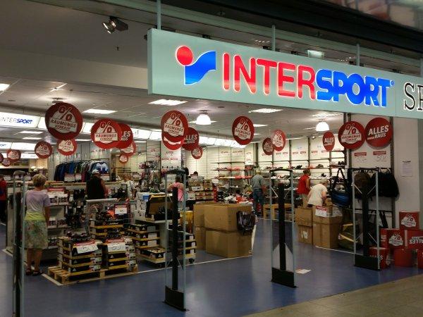 [Lokal Halle (Saale)] Intersport: weitere 50 % auf ALLE Artikel (auch bereits reduzierte)