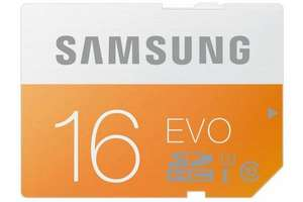 [Lokal] Samsung Evo SDHC 16GB Class10  für 5€ (Vgl.: 10,99€) @Euronics Zittau
