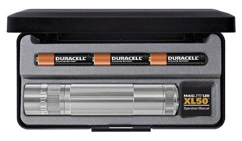 [Amazon-Marktplatz] Mag-Lite LED Taschenlampe XL50, 104 Lumen, silber, 12 cm mit 3 Modi und Endkappenschalter, XL50-S3107