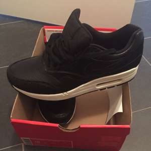 Nike Air Max Leather PA 47,50€ Outletcenter B5 bei Berlin