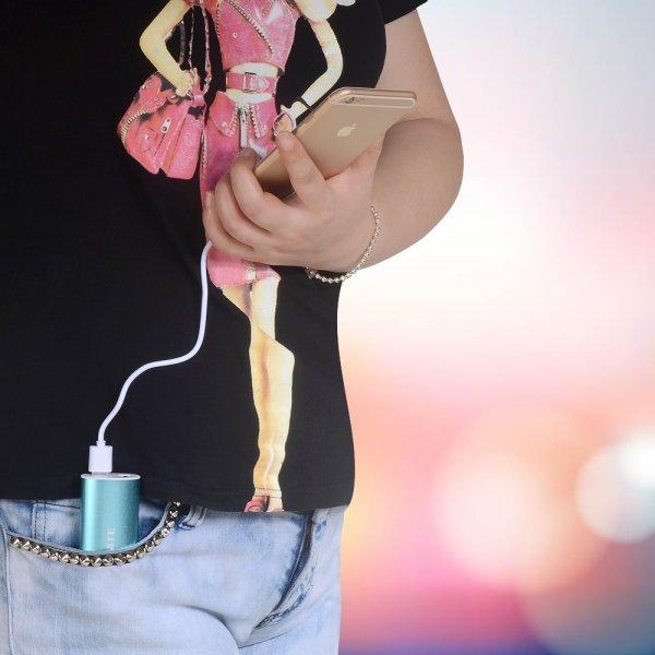 Onite 5600mAh mini Powerbank = Externer Akku Ladegerät für Smartphone/Tablet/Apple iPhone/iPad/Samsung bei Amazon
