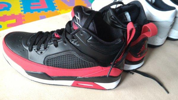 (Lokal) Jordan Flight für 56 € @ Nike Outlet Kaufpark Eiche/Berlin
