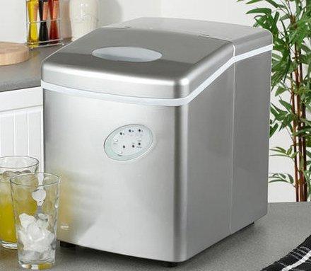 [Amazon] Eiswürfelmaschine 15kg Eis in 24 Stunden / 10 Euro Gutscheincode