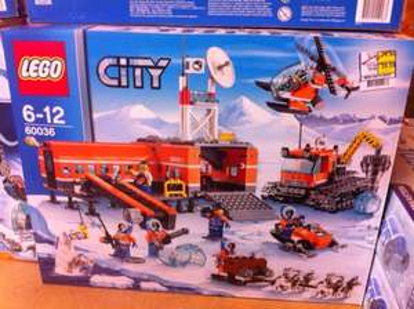 Lego City 60036 - Arktis-Basislager LOKAL Metro Leipzig
