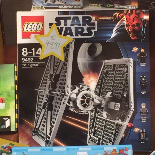 LOKAL Halle (Saale) Lego Star Wars Tie Fighter 9492