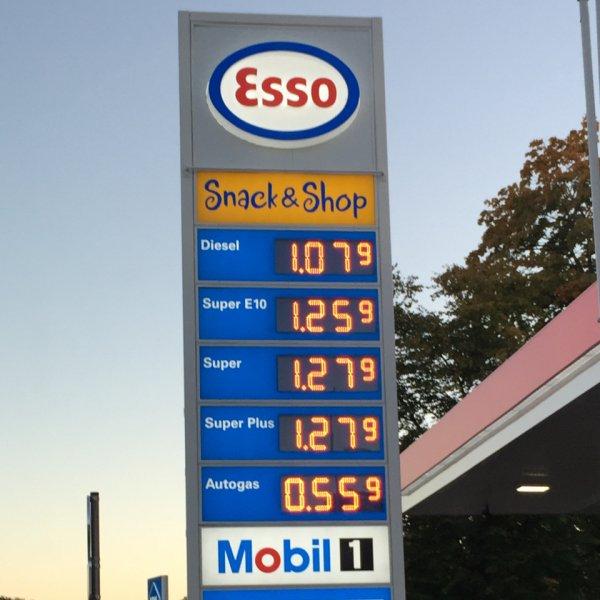 Super Plus für nur 1,27 € @Esso Ratingen-Breitscheid