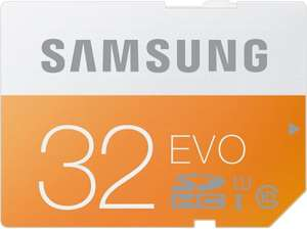 (MediaMarkt.de) SAMSUNG 32 GB SDHC Speicherkarte Class 10 EVO (MB-SP32D)für 8 inkl. Versand