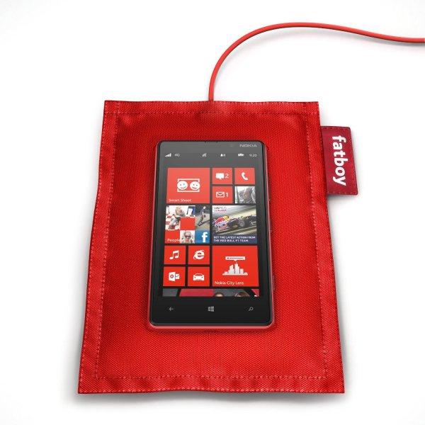 Nokia Fatboy QI Ladekissen DT-901 rot - amazon.com EUR 18,82 (oder 16,72)