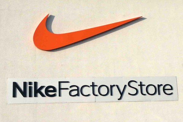 [HERZOGENAURACH] Nike Factory Store: Nike Mercurial Victory V TF für 15,00€ // Nike Air Pegasus+ 30 für 53,20€ // Nike Dual Fusion Run 3 für 41,30€