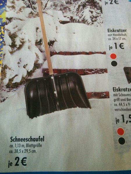 [Tedi offline] Schneeschaufel ca. 1.13m Stiel, ca. 38,5 x 29,5cm Blattgröße
