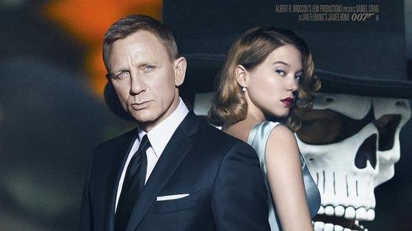 Bond-Deal bei Amazon: DVDs und Blu-rays von 007 geschenkt [Zahle zwei, bekomme drei]