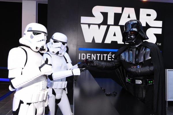 STAR WARS Identities Tickets für 10,95 Euro statt 23,99 Euro
