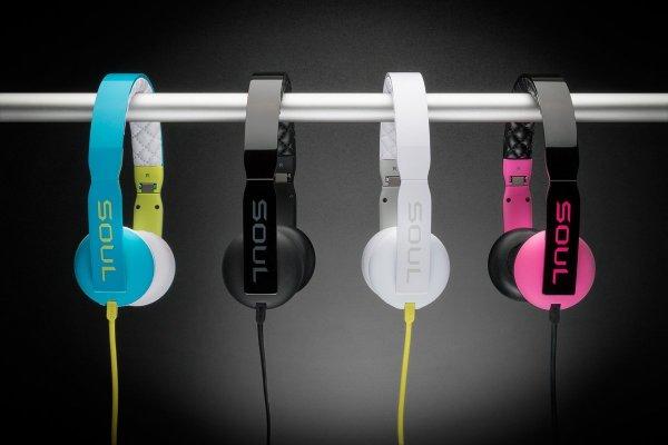 Faltbarer Leichtbügel Kopfhörer SOUL Loop in schwarz, blau, weiß für 33,90 € (Idealo ab 50 €) @ conrad